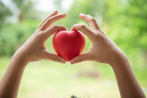 8 кроків, які наблизять вашу дитину до добрих справ та благодійності